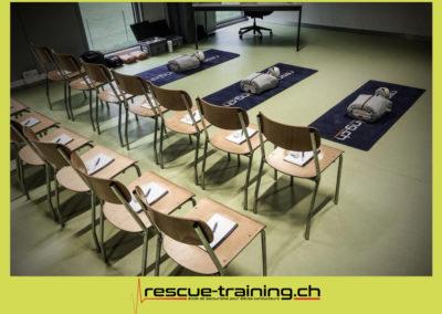 Rescue-training école de secourisme idem samaritains sauveteur permis de conduire entreprises BLS AED petite enfance Valais Lucien Cottier Street-L auto-école Riddes.021
