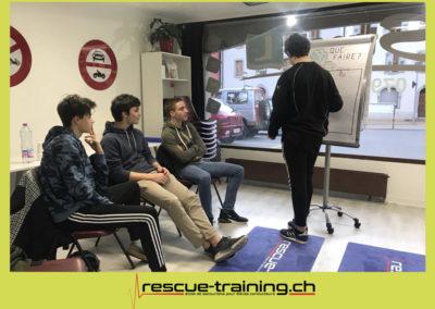 Rescue-training école de secourisme idem samaritains sauveteur permis de conduire entreprises BLS AED petite enfance Valais Lucien Cottier Street-L auto-école Riddes.026