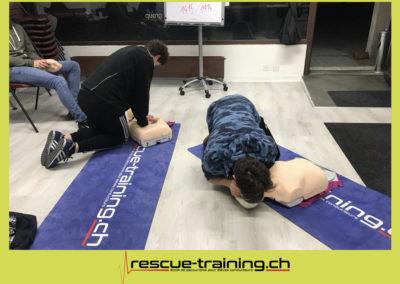 Rescue-training école de secourisme idem samaritains sauveteur permis de conduire entreprises BLS AED petite enfance Valais Lucien Cottier Street-L auto-école Riddes.039