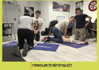 Rescue-training école de secourisme idem samaritains sauveteur permis de conduire entreprises BLS AED petite enfance Valais Lucien Cottier Street-L auto-école Riddes.052