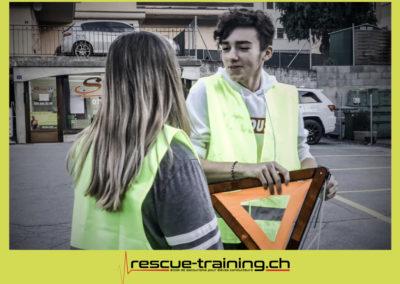 Rescue-training école de secourisme idem samaritains sauveteur permis de conduire entreprises BLS AED petite enfance Valais Lucien Cottier Street-L auto-école Riddes.069