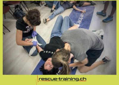 Rescue-training école de secourisme idem samaritains sauveteur permis de conduire entreprises BLS AED petite enfance Valais Lucien Cottier Street-L auto-école Riddes.003