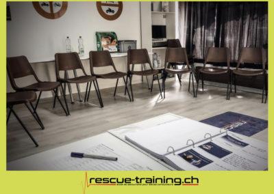 Rescue-training école de secourisme idem samaritains sauveteur permis de conduire entreprises BLS AED petite enfance Valais Lucien Cottier Street-L auto-école Riddes.010