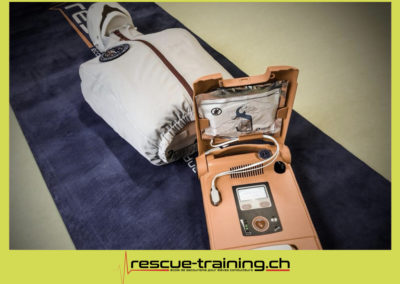 Rescue-training école de secourisme idem samaritains sauveteur permis de conduire entreprises BLS AED petite enfance Valais Lucien Cottier Street-L auto-école Riddes.011