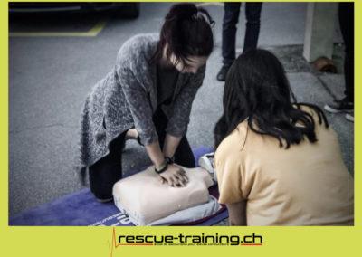 Rescue-training école de secourisme idem samaritains sauveteur permis de conduire entreprises BLS AED petite enfance Valais Lucien Cottier Street-L auto-école Riddes.019