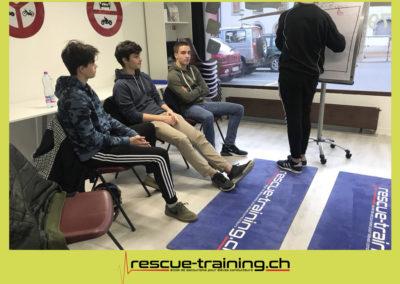 Rescue-training école de secourisme idem samaritains sauveteur permis de conduire entreprises BLS AED petite enfance Valais Lucien Cottier Street-L auto-école Riddes.027
