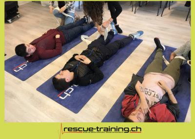 Rescue-training école de secourisme idem samaritains sauveteur permis de conduire entreprises BLS AED petite enfance Valais Lucien Cottier Street-L auto-école Riddes.029