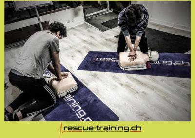 Rescue-training école de secourisme idem samaritains sauveteur permis de conduire entreprises BLS AED petite enfance Valais Lucien Cottier Street-L auto-école Riddes.041