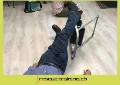 Rescue-training école de secourisme idem samaritains sauveteur permis de conduire entreprises BLS AED petite enfance Valais Lucien Cottier Street-L auto-école Riddes.057