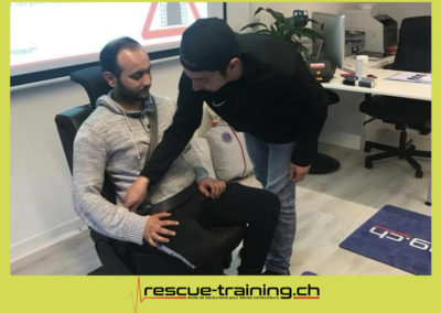 Rescue-training école de secourisme idem samaritains sauveteur permis de conduire entreprises BLS AED petite enfance Valais Lucien Cottier Street-L auto-école Riddes.059