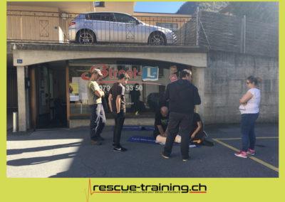 Rescue-training école de secourisme idem samaritains sauveteur permis de conduire entreprises BLS AED petite enfance Valais Lucien Cottier Street-L auto-école Riddes.062