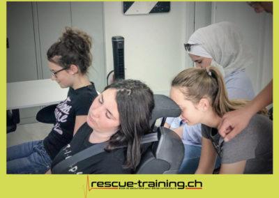 Rescue-training école de secourisme idem samaritains sauveteur permis de conduire entreprises BLS AED petite enfance Valais Lucien Cottier Street-L auto-école Riddes.072
